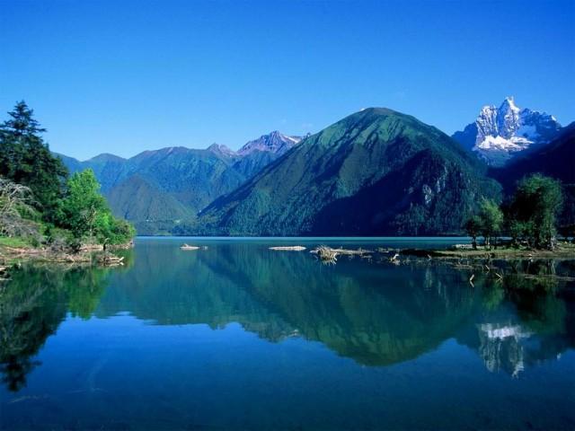 Езерото Тангра, Тибет снимка: tibettravel.org